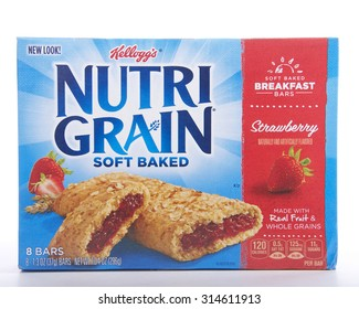ALAMEDA, CA - SEPTEMBER 08, 2015: 10.4 ounce box of Kellogg's brand Nutrigrain Soft Baked Breakfast Bars. Made with Real Fruit and Whole Grains. Naturally and artificially flavored. Strawberry