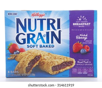 ALAMEDA, CA - SEPTEMBER 08, 2015: 10.4 ounce box of Kellogg's brand Nutrigrain Soft Baked Breakfast Bars. Made with Real Fruit and Whole Grains. Naturally and artificially flavored. Mixed Berry.