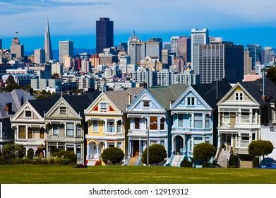 "Alamo Square in San Francisco ""six sisters"""
