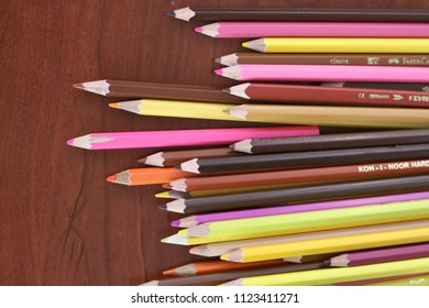 Color Pencils Isolated Images, Stock Photos & Vectors