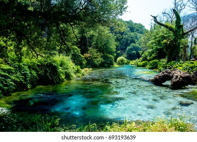 Albania Blu eye syri i kalter