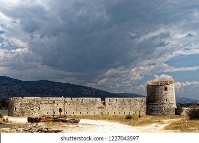 albania butrint triangular castle