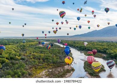 Albuquerque, New Mexico - USA - Oct 8, 2013: Balloon Flight at the Albuquerque International Balloon Fiesta in Albuquerque, New Mexico.