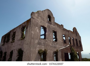 Alcatraz warden house ruins 2 San Francisco