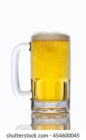 Alcoholic beverage in a glass/Mug of Beer/Sparkling bubbles in a refreshing drink, isolated on white.