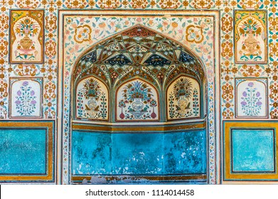 An alcove at the Ganesh Pol palace at Amber Fort in Rajasthan, India.