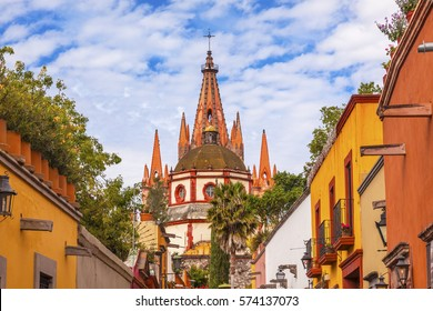 Aldama Street Parroquia Archangel church Dome Steeple San Miguel de Allende, Mexico. Parroaguia created in 1600s.