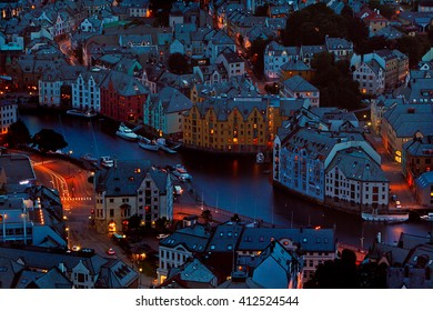Alesund city. shooting twinlights from a viewpoint