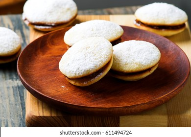 alfajores cookies.style rustic.selective focus