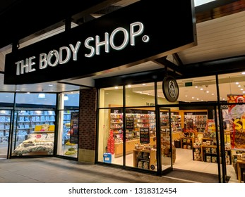 The Body Shop Outlet Images, Stock Photos & Vectors