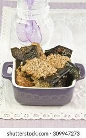 Algae, seaweed with seeds, algae batter, food vegetarian, food vegan, recipe vegetarian