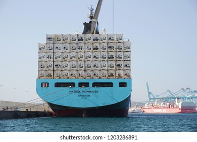 ALGECIRAS, SPAIN – SEPTEMBER 25. The container ship MAERSK NEWHAVEN docked in auxiliary pier waiting for download refrigerated containers in the port of Algeciras, on september 25, 2018 in Cadiz.