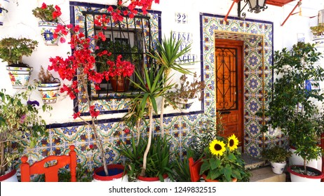 Alicante/ Spain - 05/16/2018: streets with beautiful houses in the old city of Alicante on a Sunny day