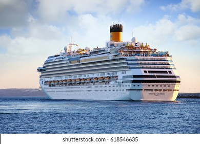 ALICANTE, SPAIN. March 21. The luxury cruise COSTA FASCINOSA leaving port, on March 21, 2017 in Spain.