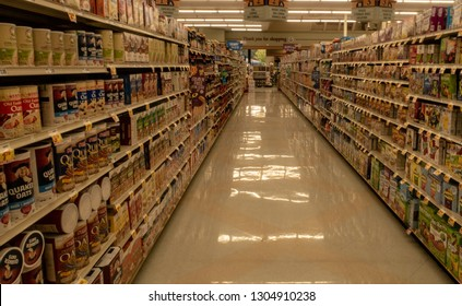 Aliso Viejo, CA / USA - 02/04/2019: Food Aisle at a Local Stater Bros. Grocery Store