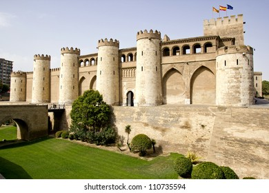 The Aljaferia Palace is a fortified palace built during the second half of the eleventh century in Zaragoza (Spain). Islamic.