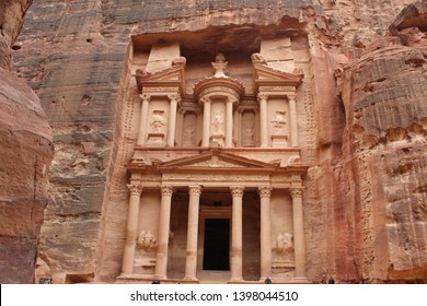 Al-Khazneh, the most spectacular of the ruins of Petra