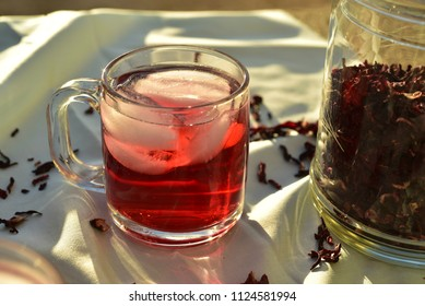 all natural red ice tea made from Hibiscus flower petals called Fleur de Jamaica in Mexico