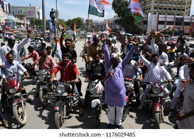 Allahabad: Congress workers hold Chakka jaam protest during Bharat Band protest against Prime minster Narendra Modi over hike price of petrolium, in Allahabad on 10-09-2018.