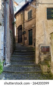 Alley in Anguillara Sabazia (Italy)