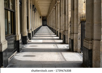 Alley of the Palais Royal Paris deserted-Perspective of the columns with drop shadows