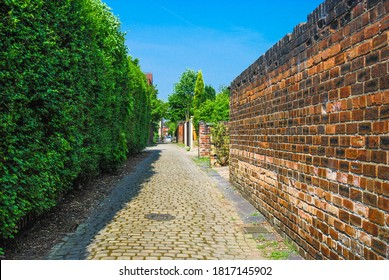 An alleyway in Stoke on Trent