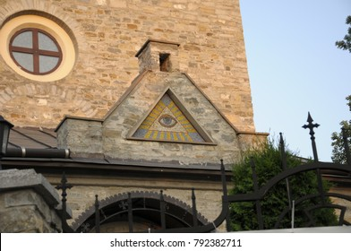 All-seeing eye on the temple
