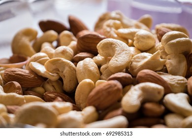 Almond cashew on the plate