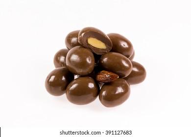 Almond chocolate balls