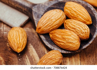 almond, wooden spoon