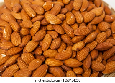 Almonds with nuts