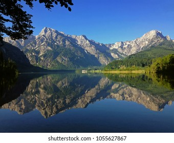 Almsee near GrŸnau in the Salzkammergut, Upper Austria, Austria