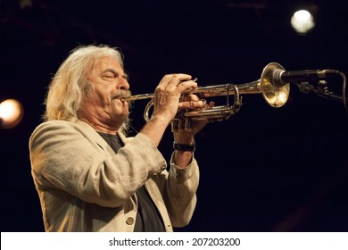 ALMUNECAR, SPAIN-JULY 23. Enrico Rava Tribe, at 27 International Festival of Jazz en la Costa. Enrico Trava, trumpet, G. Petrella, trombone, G. Guidi, piano, G.Evangelista, bass, F. Sferra, drums