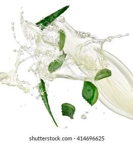 Aloe slices splash