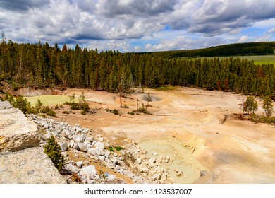 Along the Yellowstone River lie mud volcanoes and sulfur Caldron are mainly pots of mud and fumaroles because the area is located on a perched water system with little water available.