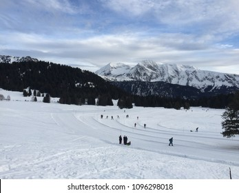 Alpes in France, sking, snowinwinter