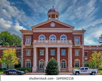 ALPHARETTA, GEORGIA - September 13, 2019: The Alpharetta Historic District contains several historic buildings dating from the late 19th century and older, and includes dining and shopping.
