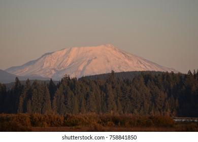 Alpine glow on Washington State's Mt. St. Helens