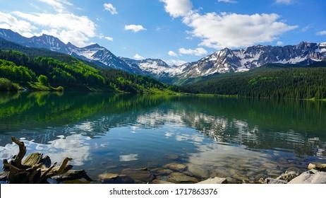 Alpine lake along the million dollar highway in Colorado