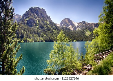 Alpine lake of San Mauricio inthe Aigues Tortes National Park in the Spanish Pyrenees.