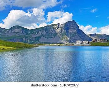 Alpine peaks Chli Haupt Murmelchopf and Haupt or Brünighaupt (Bruenighaupt oder Brunighaupt) in the Uri Alps mountain massif, Melchtal - Canton of Obwald, Switzerland (Schweiz)