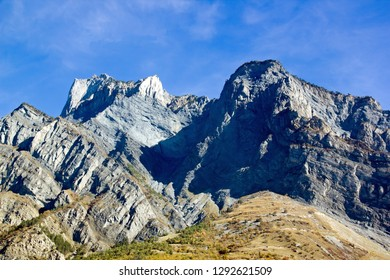 The Alps between the French and Italian border . (Europe France Italy)