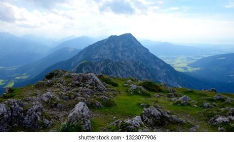 Klettersteig Bayern : Bilder stockfotos und vektorgrafiken klettersteig shutterstock