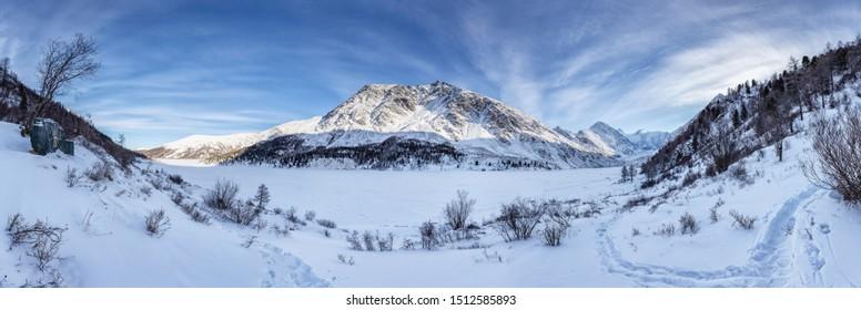 Altai, mountains in winter, mountain beluga whale skiing in Altai