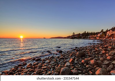 Altamount Beach Park (West Vancouver, British Columbia, Canada) at sunset