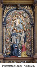 The altar of the Queen of the Holy Rosary