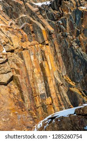 Alternating layers of quartzite (lighter) and shale (dark), Big Cottonwood Formation