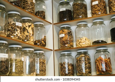 Alternative Medicine Herbal.