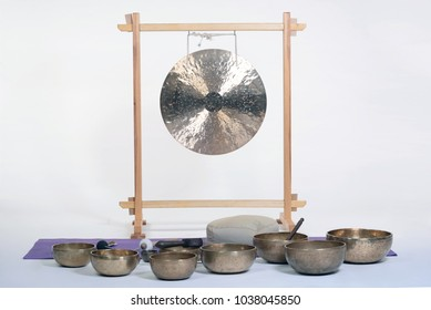 Alternative Sound Therapy with tibetan handcrafted singing bowls.