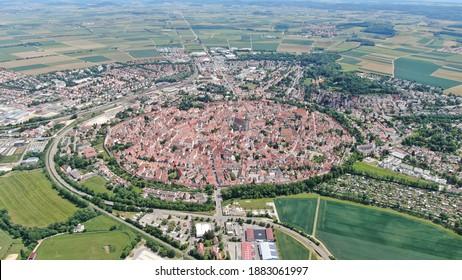 Nördlingen Altstadt Daniel Stadtmauer Ries